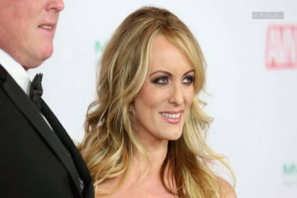 Trump lawyer's $130,000 payment to porn star was reportedly flagged as suspicious