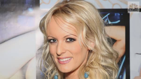 "Stormy Daniels' lawyer says the porn star is prepared to return her ""hush money"""