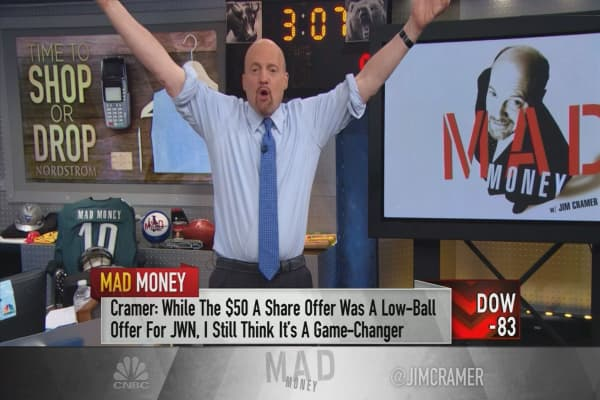 Cramer recommends Nordstrom after bullish post-earnings bounce