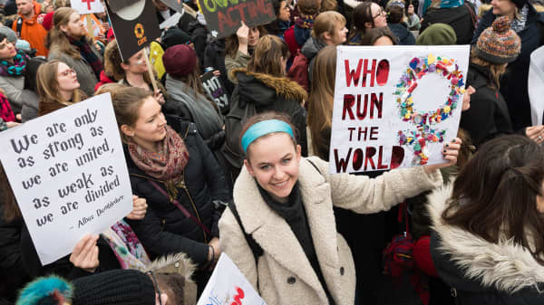 Londoners march for equal pay