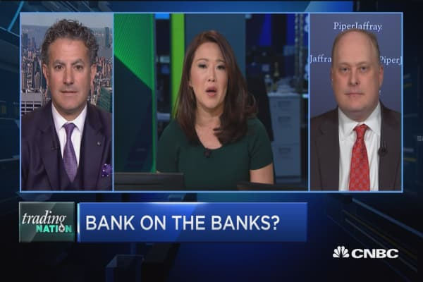Trading Nation: Bank on the banks?