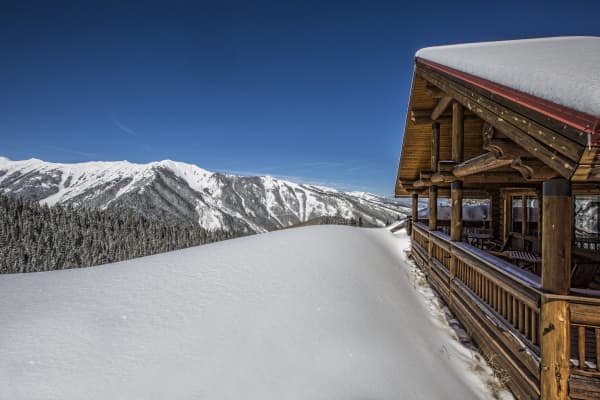 This $31 million log cabin in Aspen is the ultimate winter getaway