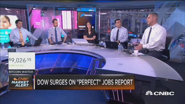 Dow surges on 'perfect' jobs report, here's what traders are buying
