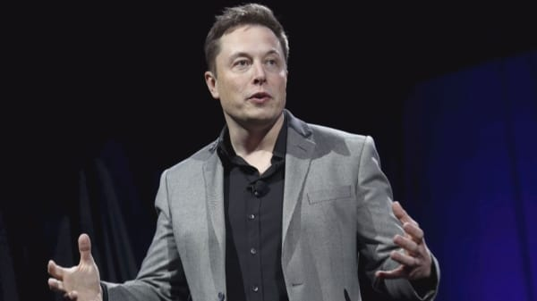 Elon Musk projects a Mars spaceship will be ready for short trips by first half of 2019