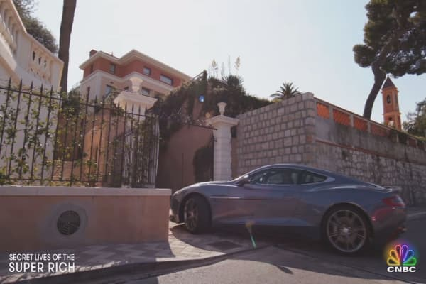 Take a look inside this $69 million home on the French Riviera, where the 1% of the 1% live