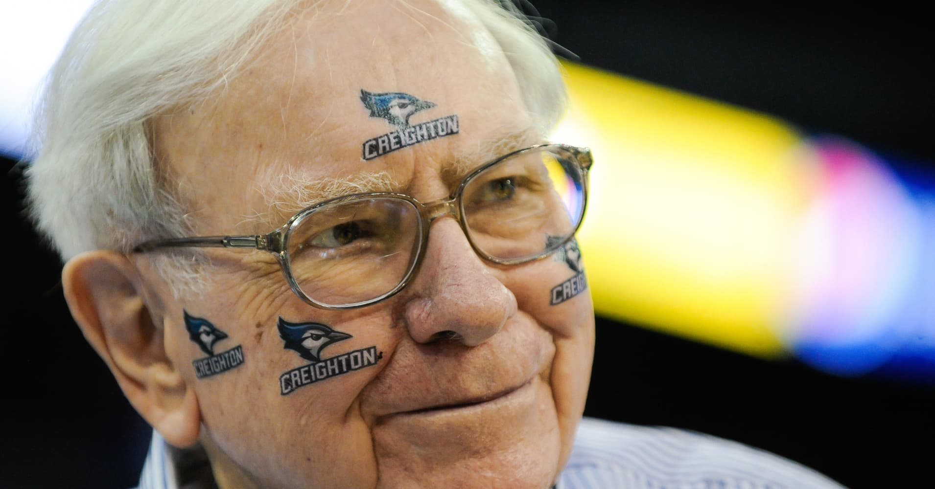 Warre Buffett and his Omaha-based company will be rooting for the 8th-seeded Creighton Bluejays