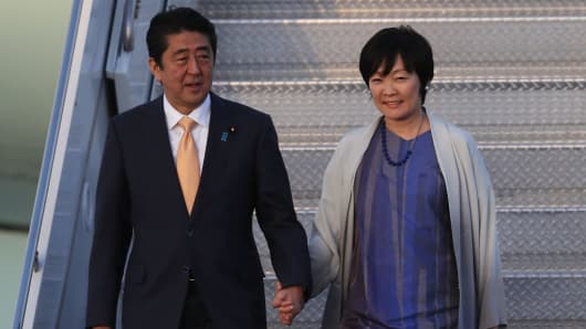 Japanese Prime Minister Shinzo Abe and his wife Akie Abe at Mar-a-Lago resort on February 10, 2017.