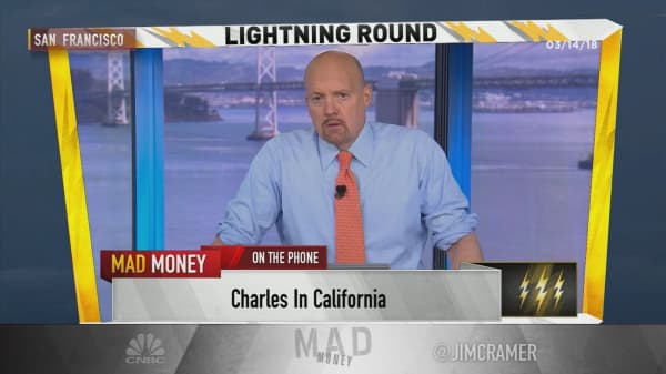 Cramer's lightning round: Hidden giant Cintas is one of my favorite stocks