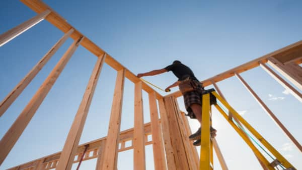 Homebuilder sentiment index at 70 in March