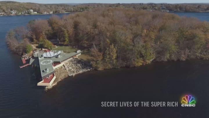 Next on | Secret Lives of the Super Rich: Rock Star Living & a $30 Million SuperYacht