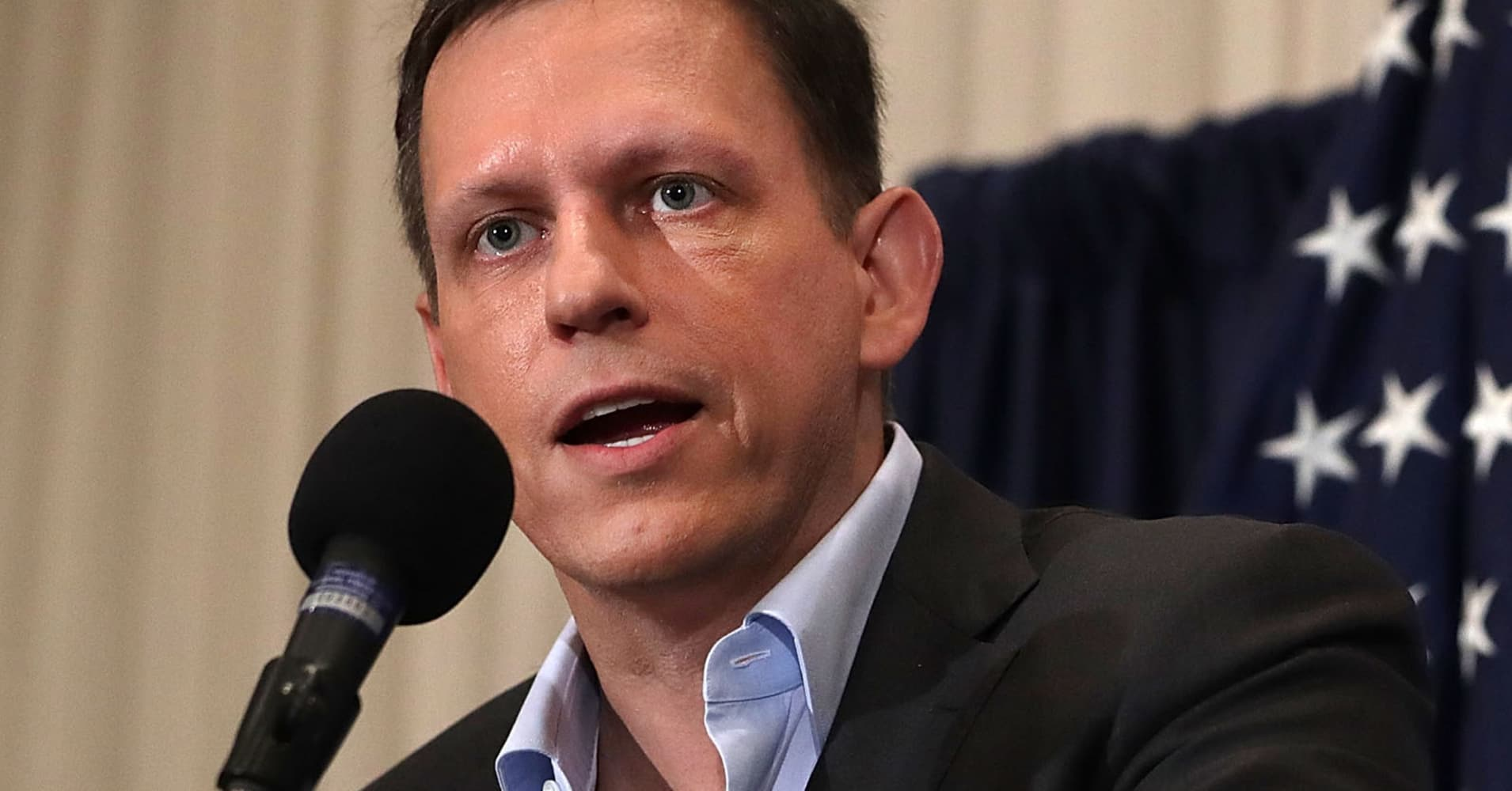 Peter Thiel is betting on bitcoin because one cryptocurrency will become the 'online equivalent to gold' - CNBC