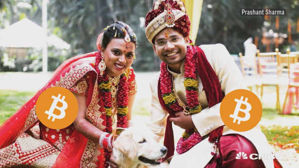 This couple threw a bitcoin themed wedding
