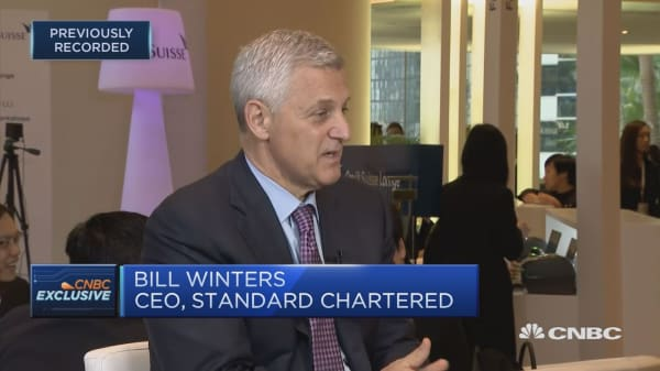Chinese leadership clarity is reassuring, Standard Chartered CEO says