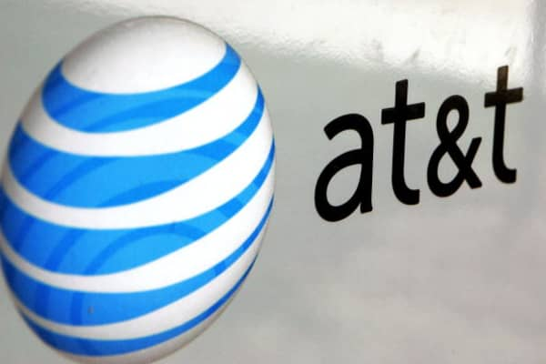 Law on AT&T's side in its bid for Time Warner, says expert
