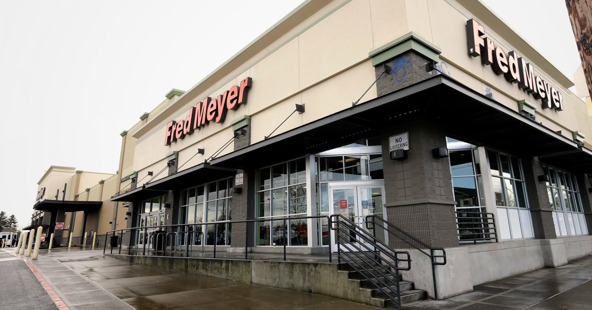 Superstore chain Fred Meyer to cease promoting weapons, ammunition