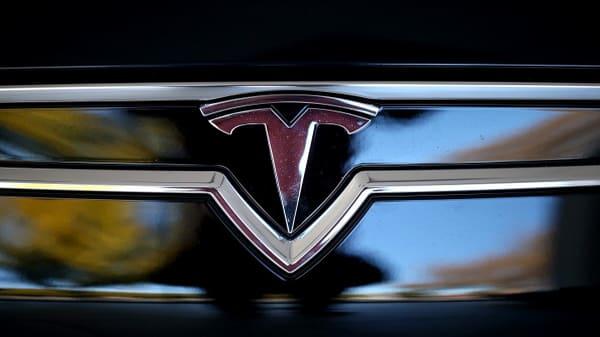 Trading Nation: Tesla enters bear market