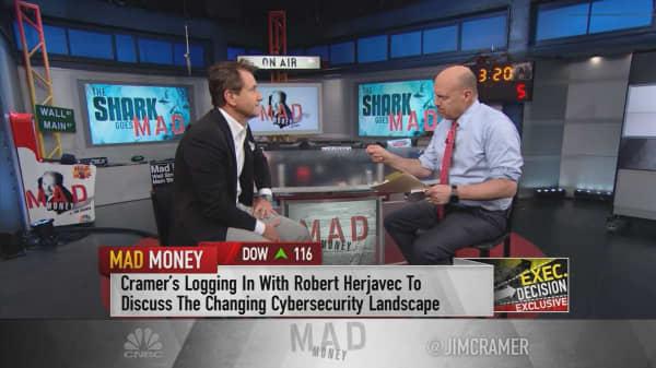 Information is 'the modern-day weapon': Shark Tank's Robert Herjavec