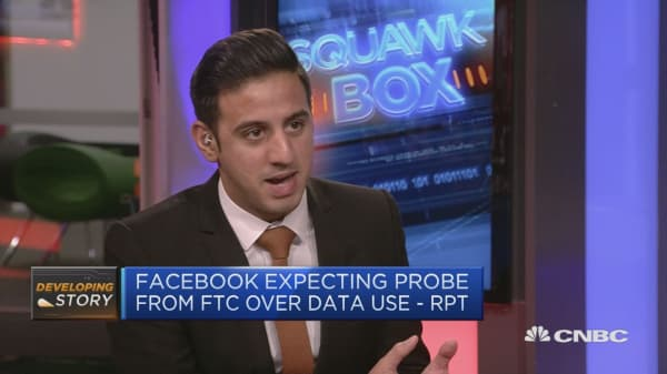 Facebook pressure mounts as data scandal continues to worry investors