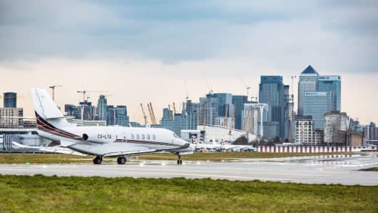The Cessna Citation Latitude aircraft at London City Airport, operated by NetJets Europe.