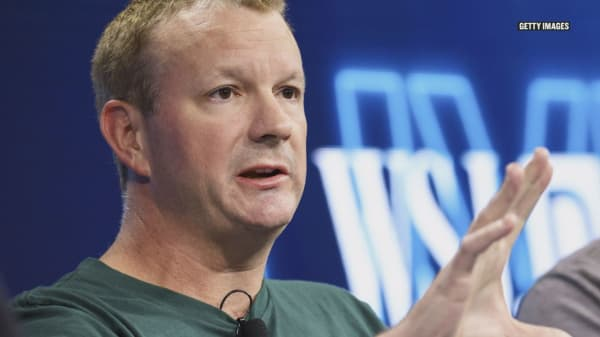 WhatsApp co-founder just told his Twitter followers to delete Facebook