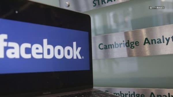 Famed investor Bill Miller is still backing Facebook