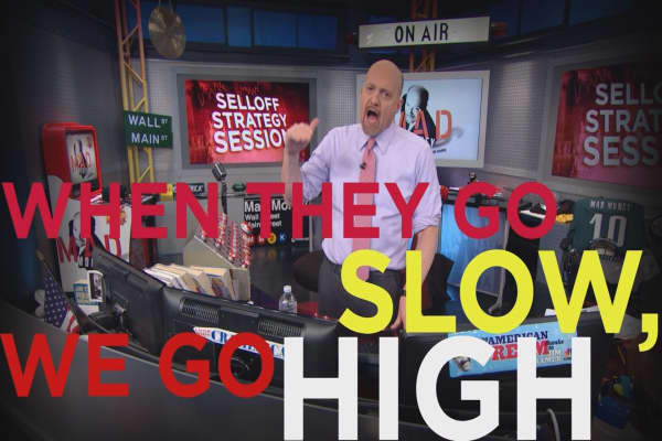 Cramer Remix: Why you should buy high-growth stocks during the sell-off