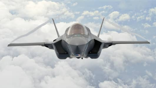 A Lockheed Martin F-35B from Marine Fighter Attack Training Squadron 501.