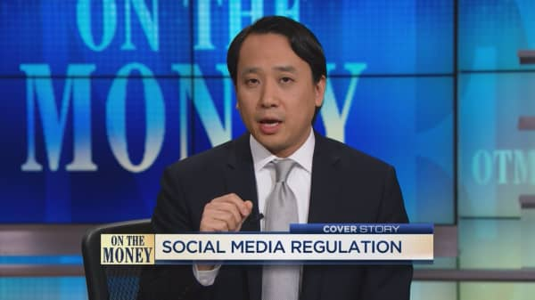 Regulating social media