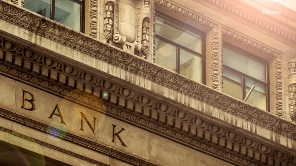 Banks are breaking down even as rates are rising. Here's why