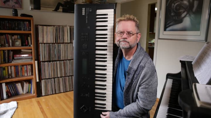Jim Reekes recorded the Apple start-up sound on this keyboard in his living room.