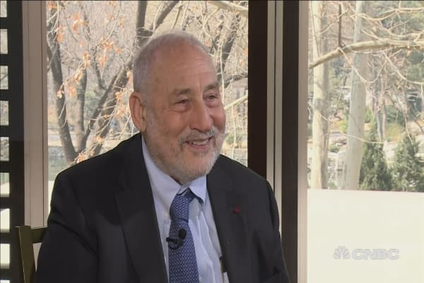 Very significant fraction of Americans 'not with Trump': Stiglitz