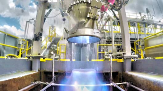 A test fire of Relativity Space's Aeon 1 engine at NASA's Stennis Space Center.