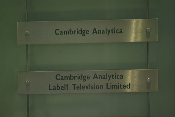 Palantir worked with Cambridge Analytica on the Facebook ...