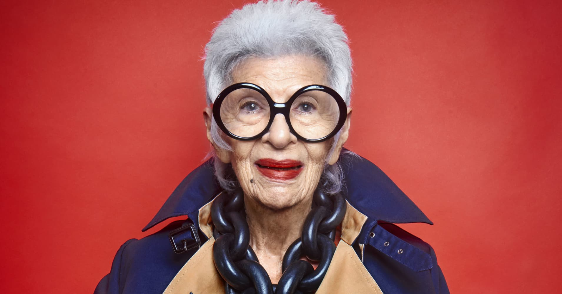 Fashion Old Lady Big Glasses