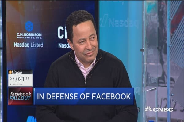 Analyst reveals why he's still bullish on Facebook