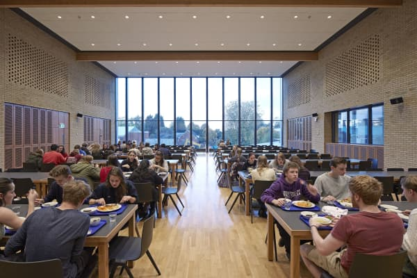 University dining hall during lunch
