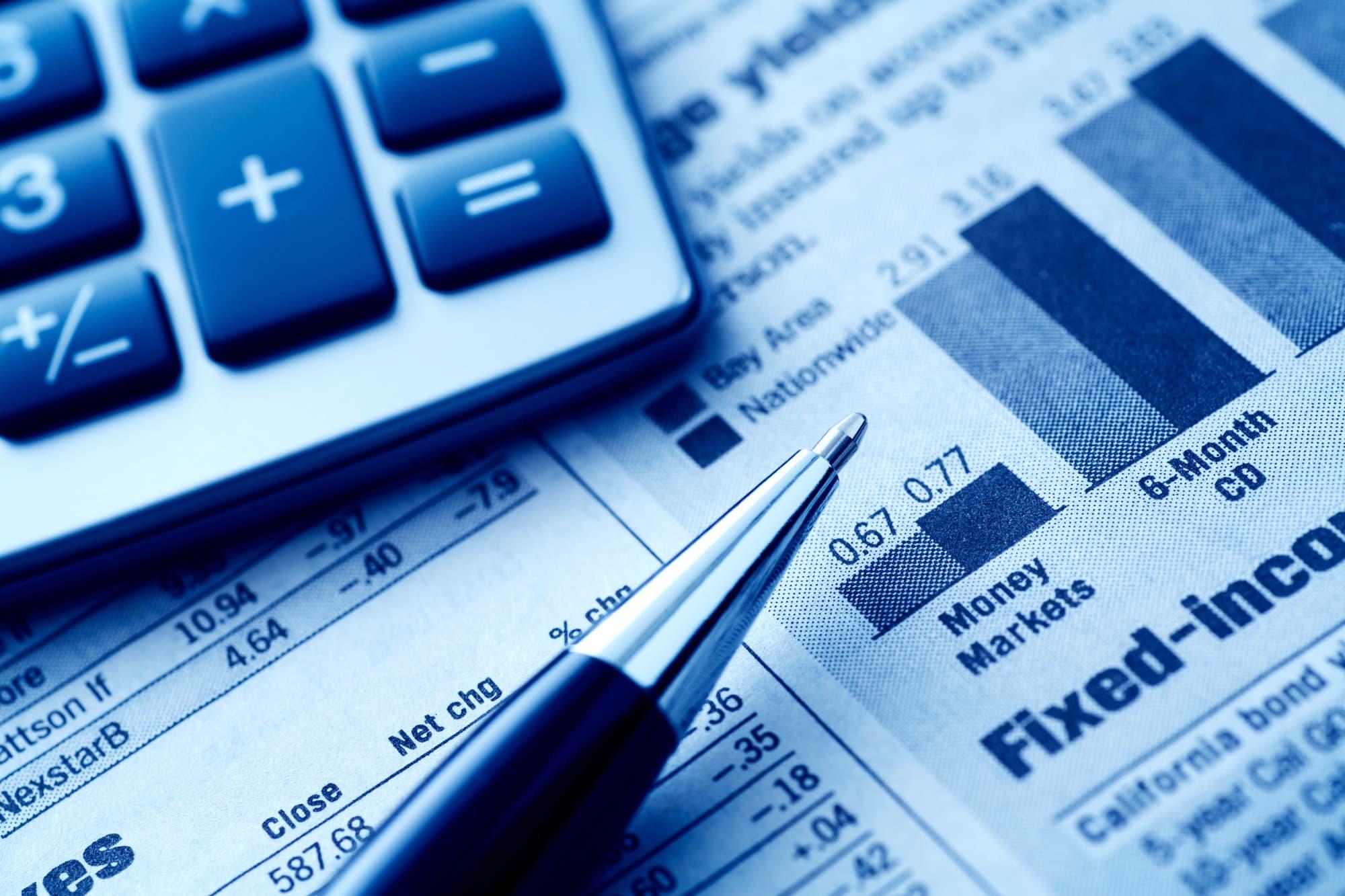 Self liquidating bond funds
