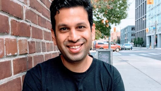 Software engineer Vikram Rangnekar left Silicon Valley for Toronto to launch a start-up because of work visa difficulties.