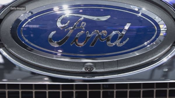 Ford Recalls About S And Expeditions For Faulty Transmission Gears