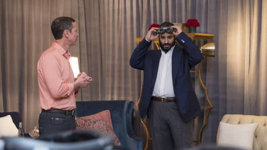 Saudi Crown Prince Mohammad bin Salman tries on a pair of Magic Leap augmented reality goggles.