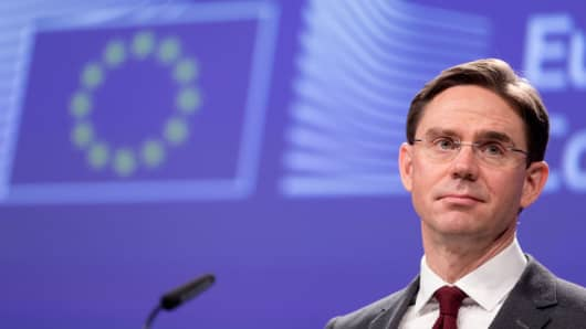 U Jobs, Growth, Investment and Competitiveness Commissioner Jyrki Katainen.