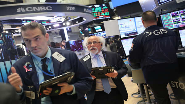 Joseph LaVorgna discusses market stabilization
