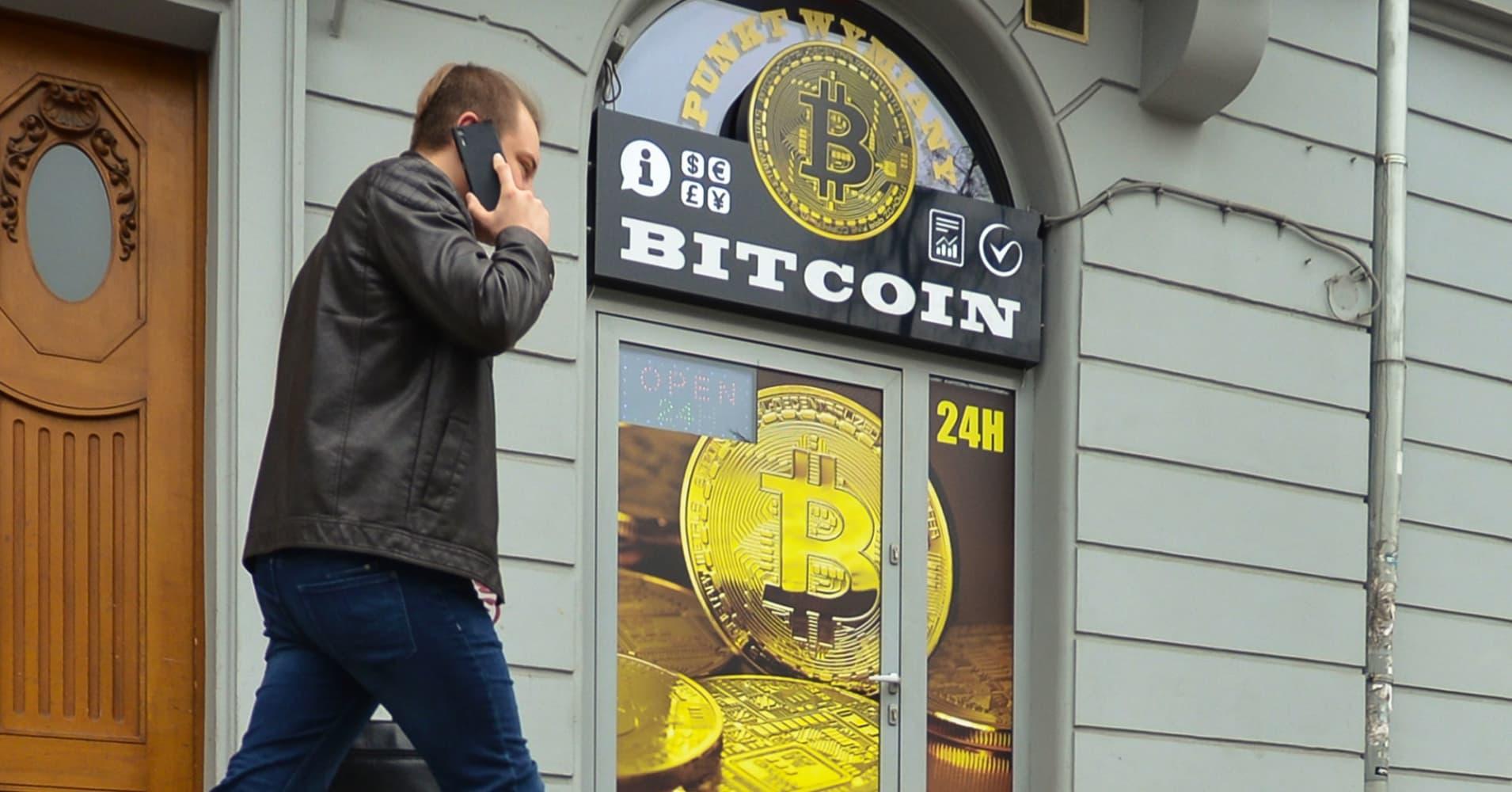 Analyst behind bearish bitcoin note predicts comeback