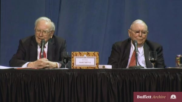 Buffett and Munger defend Coca-Cola