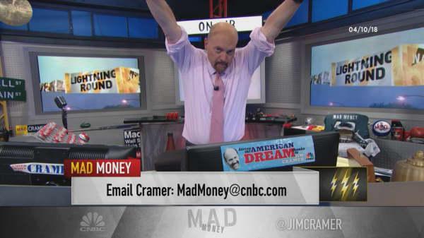 Cramer's lightning round: Buy Paychex's stock on a good quarter