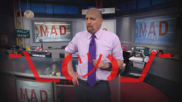 Cramer Remix: The fundamental problem with FANG