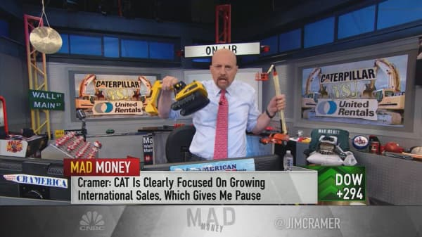 Cramer: Buy United Rentals over Caterpillar as US-China trade disputes loom