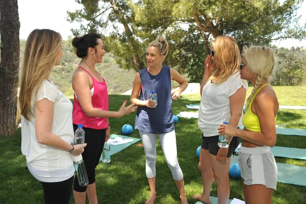Kate Hudson and guests celebrating the Fabletics Spring Collection on May 1, 2014 in Los Angeles, California