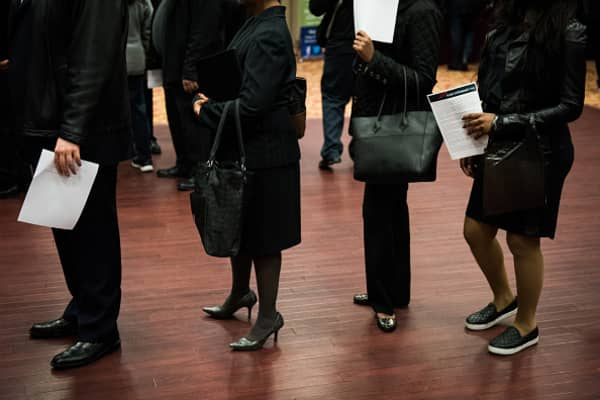 Initial jobless claims down 1,000 to 232,000