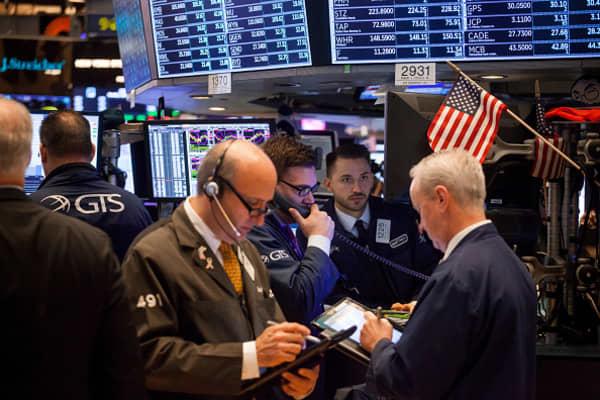 U.S. stocks trade lower as rising rates spook investors